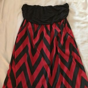 Strapless Red / Black Chevron Dress